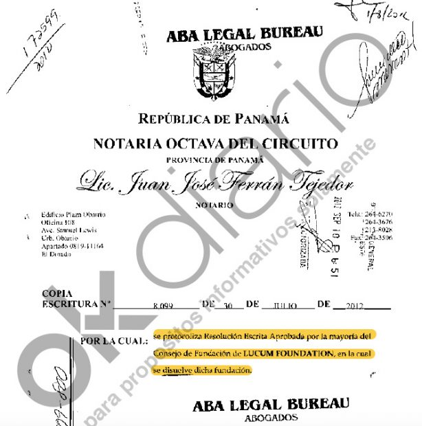 Acta notarial de la disolución de la fundación fechado en julio de 2012.