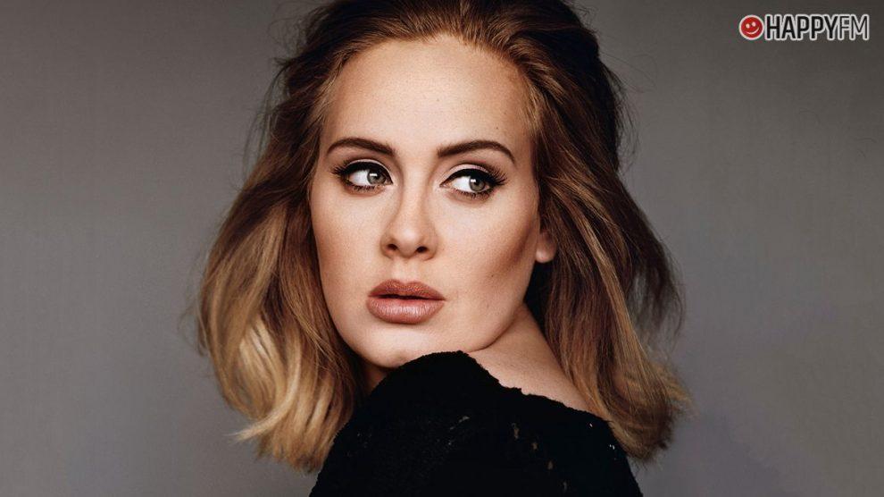 Adele podría rozar la obsesión con el tema de la bajada de peso