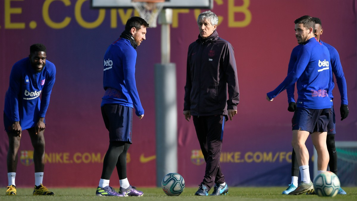 El vestuario del Barça ya no cree en Setién. (AFP)