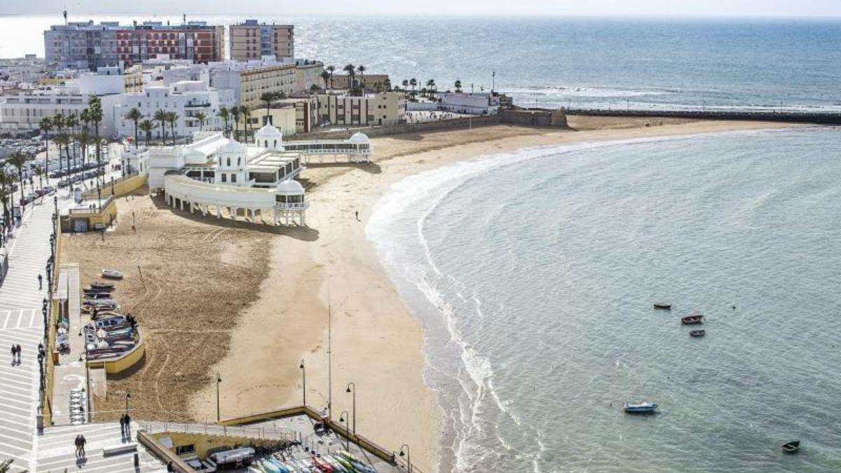 6 curiosidades de la playa de La Caleta en Cádiz