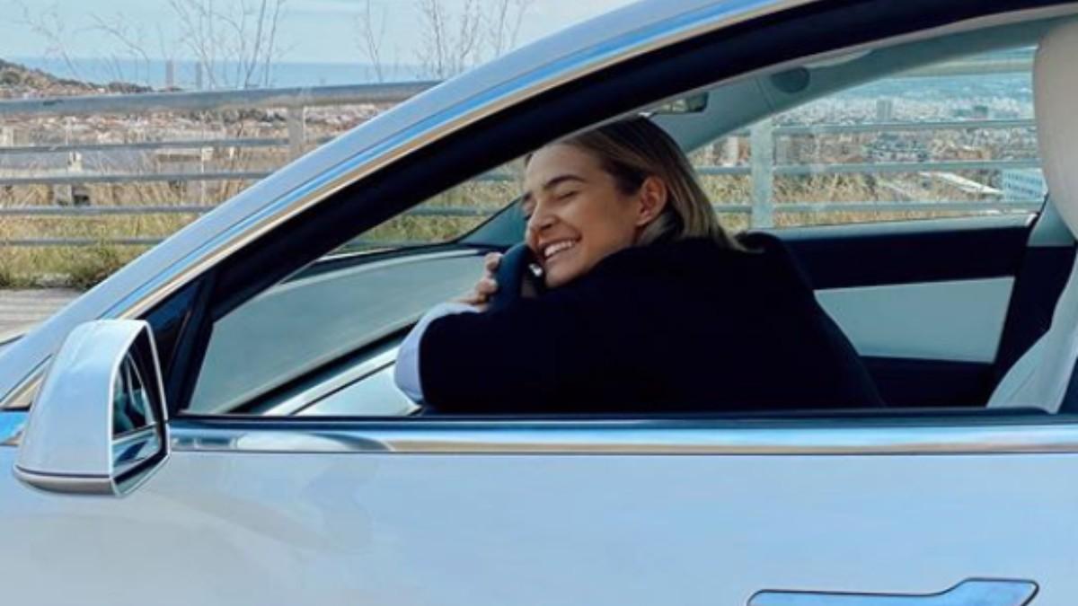 Instagram: Laura Escanes estrena coche familiar eléctrico de 60.000 euros