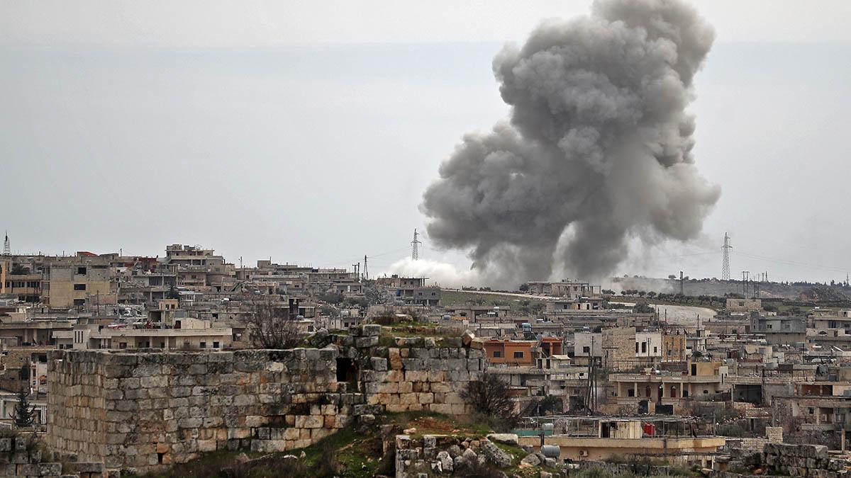 Un bombardeo ruso en la ciudad de Al-Bara en la provincia de Idlib. (Afp)