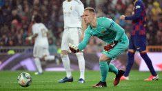 Ter Stegen con el Barcelona frente al Real Madrid. (AFP)