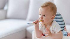 Descubre las claves para enseñar al bebé a usar la cuchara