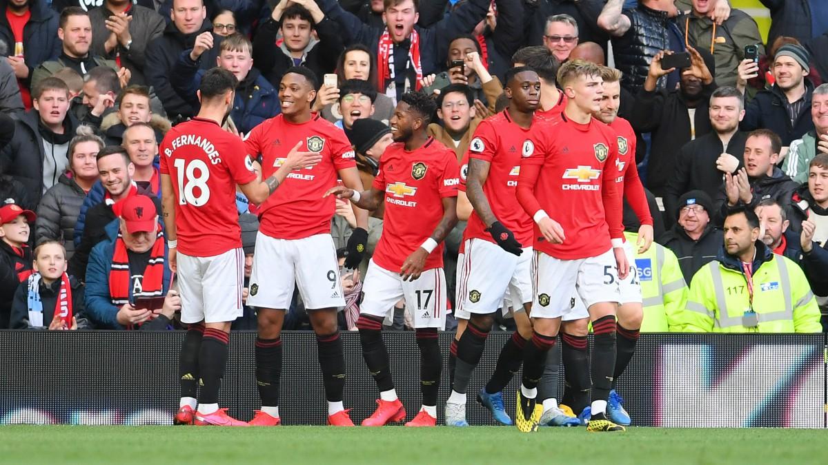 Los jugadores del Manchester United celebran el gol de Martial. (Getty)