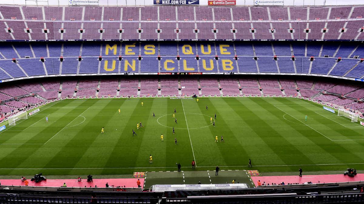 El Camp Nou, en el transcurso de un partido.