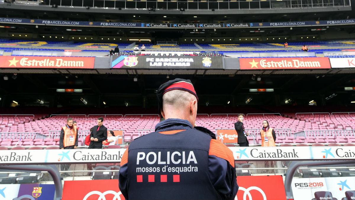 Imagen del Camp Nou vacío. (AFP)
