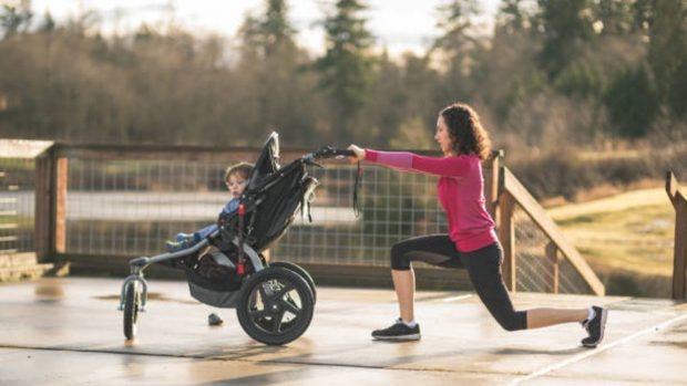 ejercicio cochecito bebé