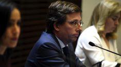 La vicealcaldesa Begoña Villacís y el alcalde José Luis Martínez-Almeida este jueves en rueda de prensa. (Foto: EP)