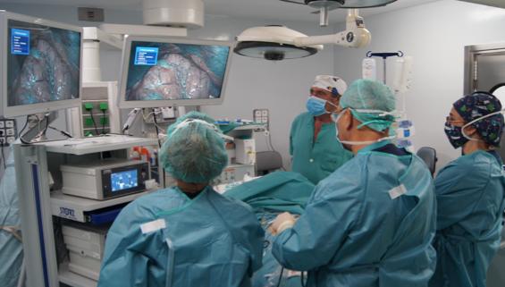 Torre laparoscopia quirofano