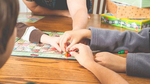 Actividades que los niños pueden hacer en casa sin dejar de aprender
