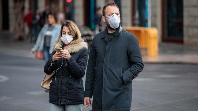 Los economistas avisan del desastre económico del coronavirus: «El país no se paró ni en la Guerra Civil»