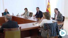 Pablo Iglesias sin mascarilla en el Consejo de Ministros tras romper su cuarentena.