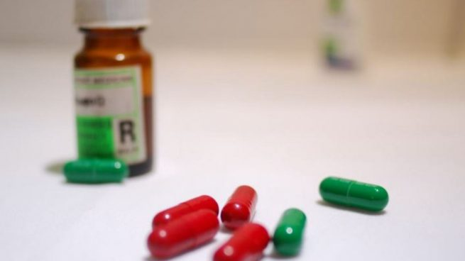 Ibuprofeno como tratamiento a síntomas menores.