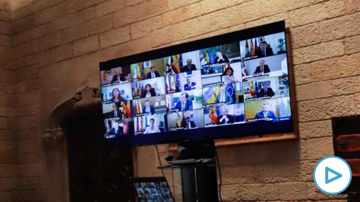 Los presidentes reunidos con Sánchez a través de videoconferencia.