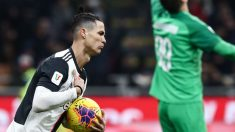 Cristiano Ronaldo celebra un gol al Milan. (AFP)