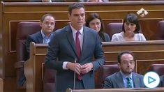 Pedro Sánchez arremete en el Congreso de los Diputados contra Mariano Rajoy en octubre de 2014 por su gestión de la crisis del ébola.