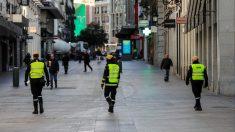 Tres militares de la UME patrullan por Madrid. Foto EP