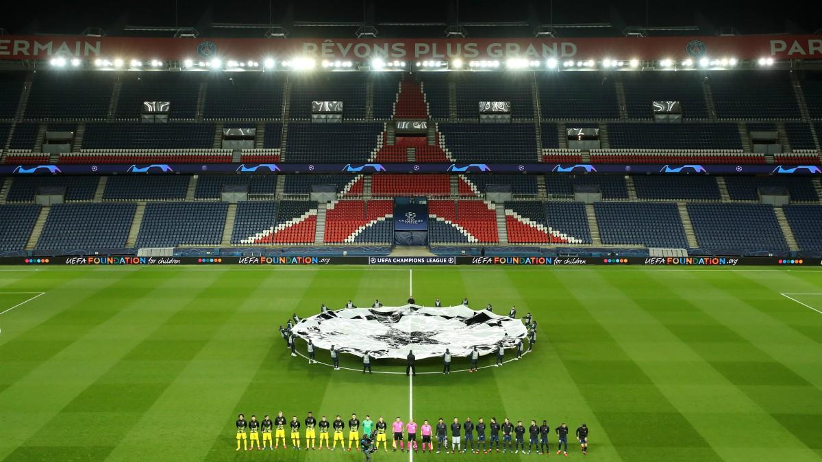 La UEFA decide este martes el futuro del fútbol. (Getty)