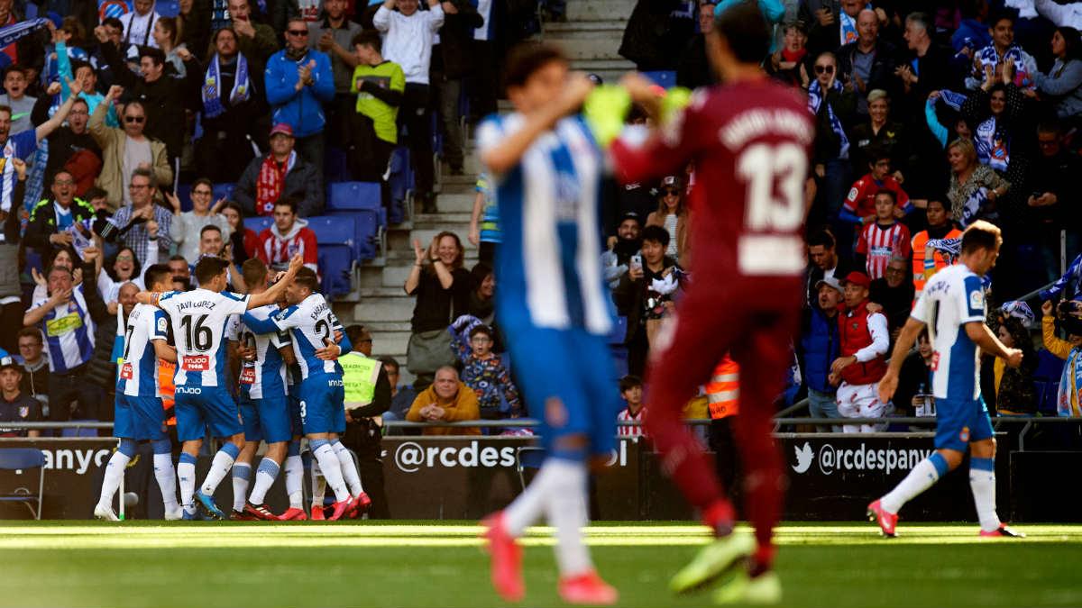 Los jugadores del Espanyol celebran un gol en Cornellá. (Getty)