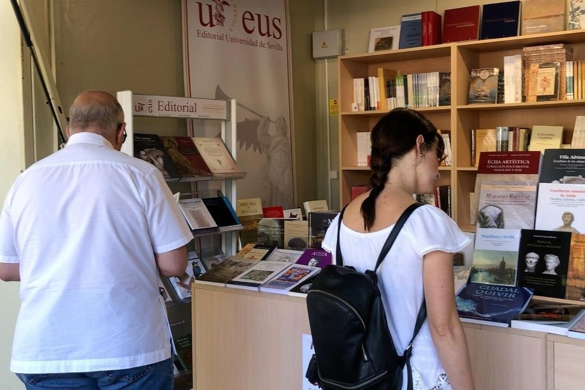 Sevilla.-'Magallanes y Sevilla', el libro más vendido de la Editorial de la Universidad de Sevilla en la Feria del Libro