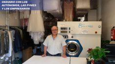 Autónomo que se dedica al sector de la tintorería y afectado por la crisis del coronavirus.