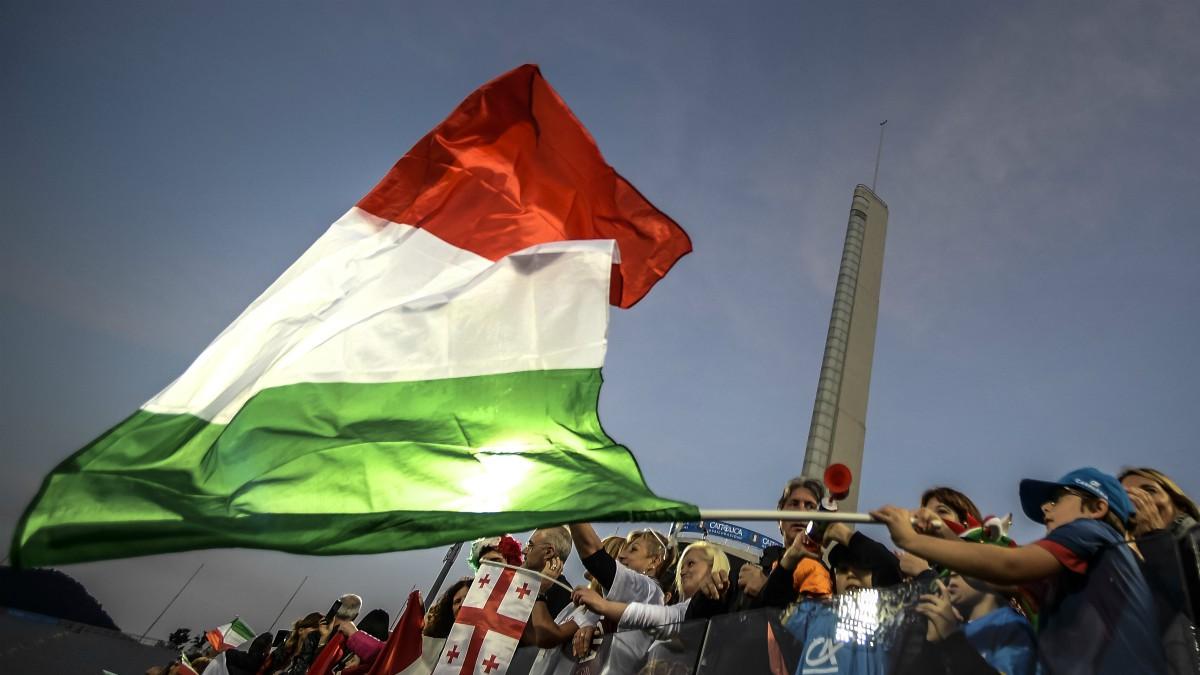 Italia vota reducir su número de parlamentarios y ahorrarse 100 millones al año