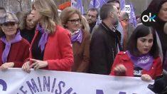 Carmen Calvo, Begoña Gómez, Magdalena Pérez-Castejón y Carolina Darias, en la manifestación del 8-M