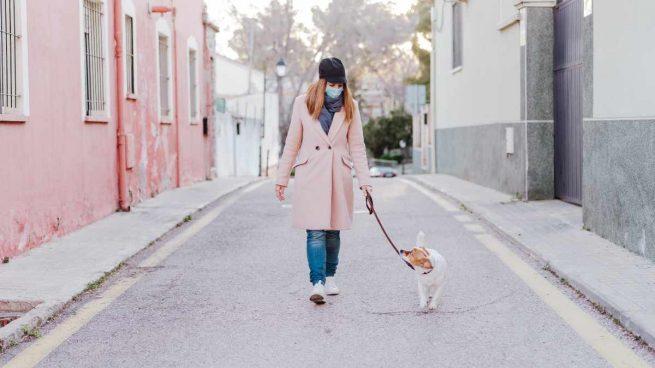 Sacar al perro en estado de alarma