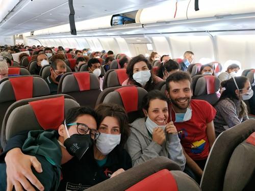 Coronavirus.- Parte de Ecuador hacia España un vuelo de repatriación con 344 pasajeros a bordo
