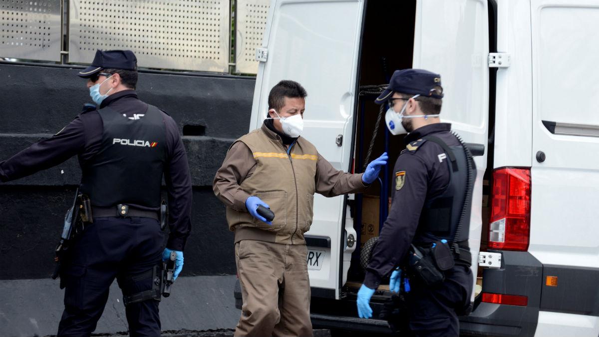 Un control de la Policía Nacional por coronavirus.