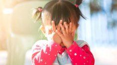 Cómo enseñar a los niños a que no se toquen la cara