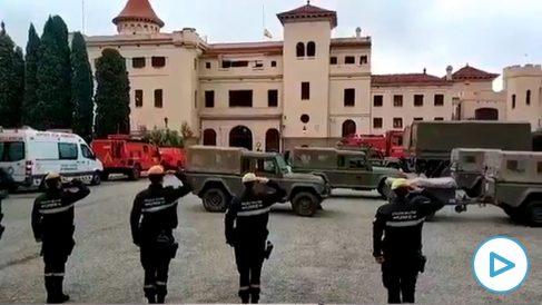 Así suena el himno de España en el cuartel de Barcelona que los separatistas quieren cerrar.