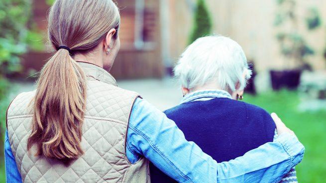 Las auxiliares de ayuda a domicilio también indefensas: «Cuidamos a ancianos infectados sin mascarillas»