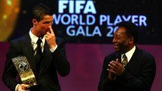 Cristiano Ronaldo y Pelé. (Getty)