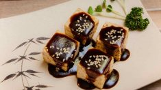 Receta de Tofu en salsa alioli de ajo negro