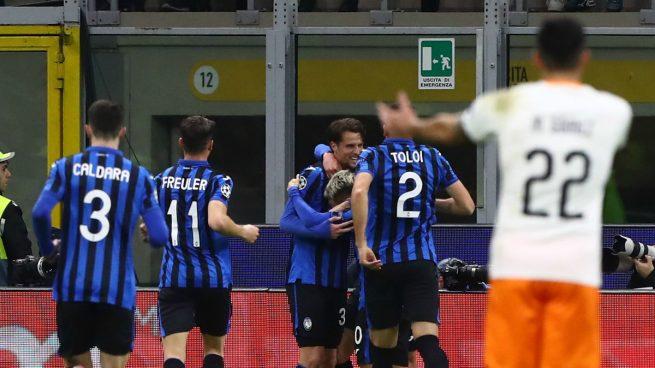 El Atalanta celebra un gol ante el Valencia.