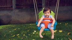Descubre los mejores modelos de columpios para el interior o el exterior de casa