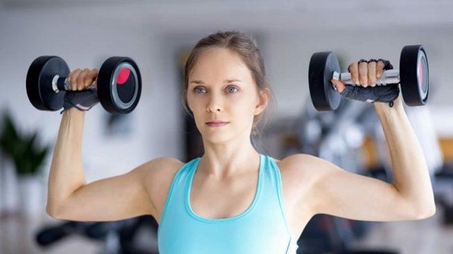 entrenamiento con pesas de 5 kilos
