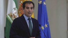 Juanma Moreno inicia una ronda de reuniones por separado con los portavoces de los grupos con representación en el Parlamento de Andalucía