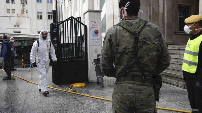 Muere un anciano con coronavirus tras precipitarse por una ventana del hospital