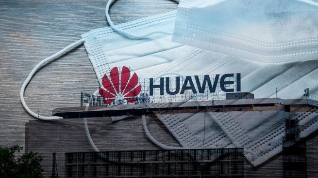 Borrell asegura que Huawei seguirá produciendo mascarillas para Europa