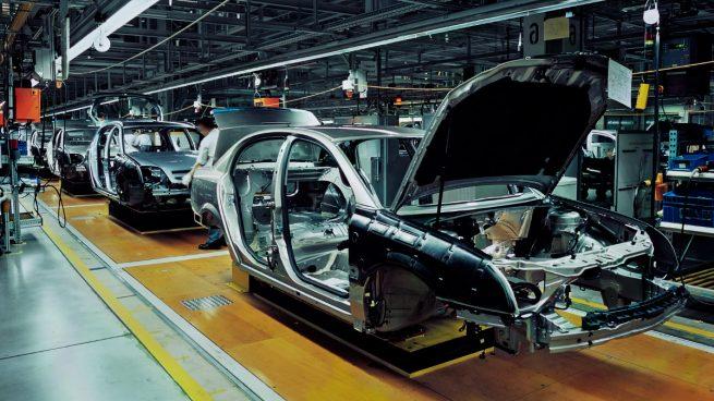 La actividad de las fábricas españolas crece en febrero hasta alcanzar máximos de 7 meses