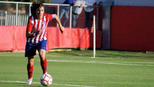Javier Serrano, en un partido del Atlético de Madrid.