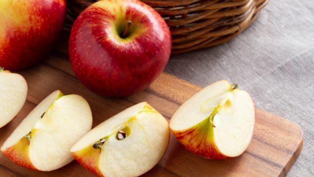 Receta de pudin de pan de molde y manzana