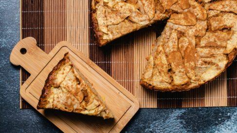 Pudin de pan de molde y manzana