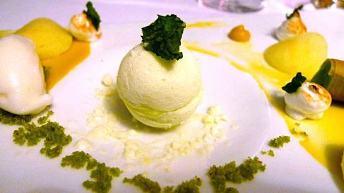 Receta de helado de albahaca