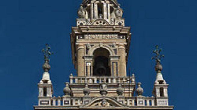 La Giralda se construyó en la época musulmana, si bien se finalizó cuando ya estaban los cristianos.
