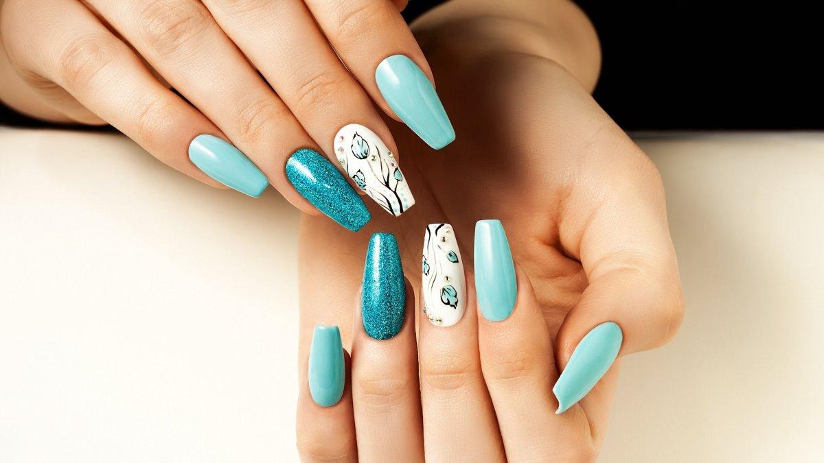 La cuarentena te obliga a cuidar tus uñas por ti misma sin poder ir a un centro de belleza