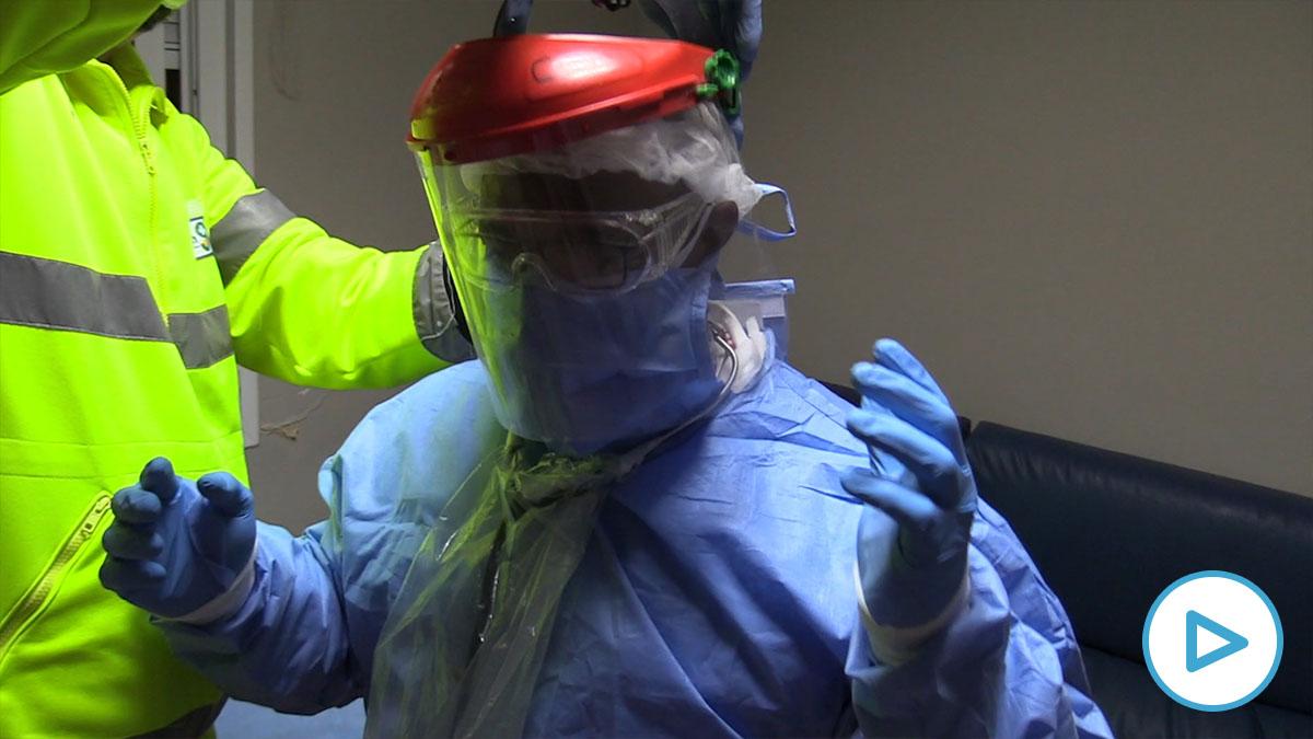 Médico de atención primaria en su lucha contra el coronavirus.